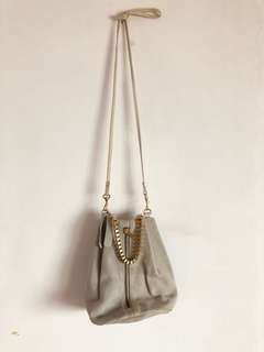 TOPSHOP GREY SLING BAG