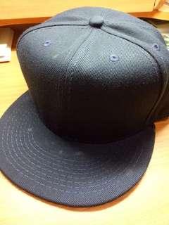 🚚 GUE鴨舌帽