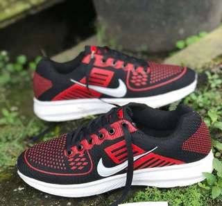 Sepatu Nike Zoom Flyknit Max
