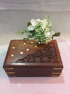 Jewellery/coin wooden box