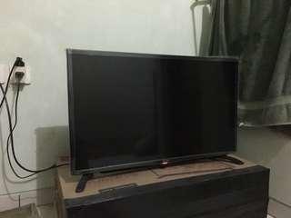 """SHARP-32"""" AQUOS LED TV LC32LE180l"""