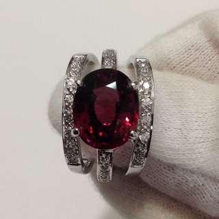 Rhodolite Garnet Ring - 6 carats