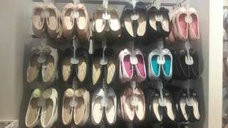 Shoes buy 1 get 1 po malaysia