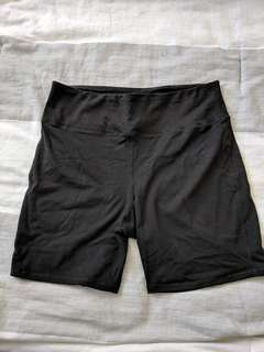 Black biking shorts L/XL