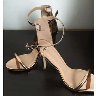 NOVO Rose Gold Luscious Heels in Size 7