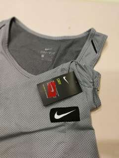 Nike Dry fit M