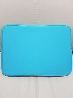 "Blue 13"" laptop case for Macbooks and other 13"" laptops"