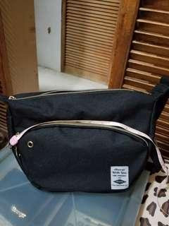 日本品牌 斜孭袋