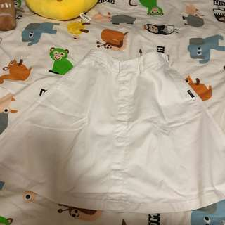Chocoolate 白色半截裙