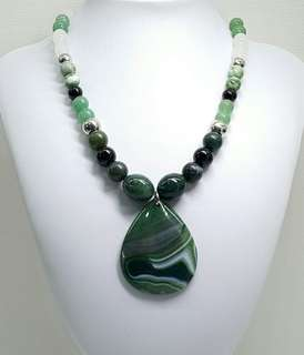 Elegant Green Geode Agate Pendant Necklace