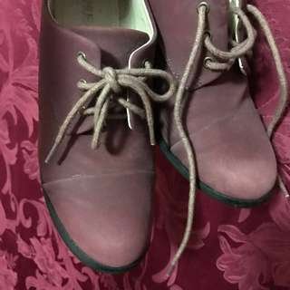 Authentic SHUBAR mauve high heeled boots (ladies Size 8)