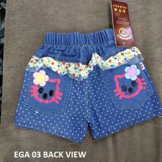 🚚 Clearance Girls Shorts Toddler (1-3years Old) Hello Kitty Jeans Material flower shorts children