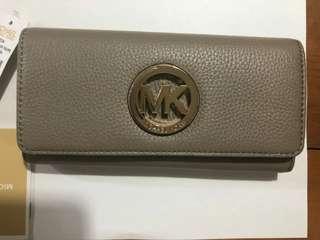 🚚 Michael cors MK logo 皮格長夾