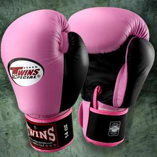 Twins Special Muay Thai Gloves - Two-tone - Pink/Black - 12 oz