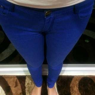 KITSCHEN Skinny Color Pants in Electric Blue