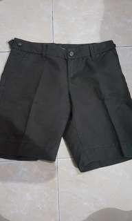 Gap celana Pendek