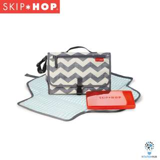 Skip Hop Pronto Changing Station | Chevron [BG-SH202204]