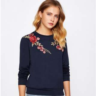 BN Embroidery Flower Pullover Long Sleeve