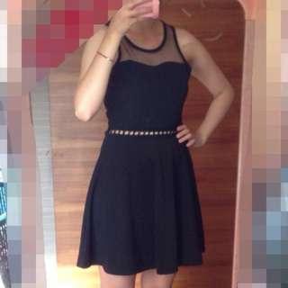 黑色薄紗簍空洋裝洋裝