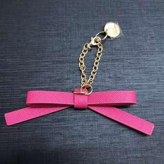 Colors by jennifer sky 桃紅色/粉色皮革製蝴蝶結吊飾/包包掛飾/飾品/鑰匙圈/金鍊子
