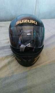 Suzuki Raider R150 Full Face Helmet
