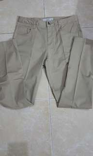 Celana panjang Bossini