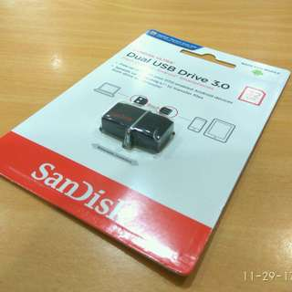 NEW AND AUTHENTIC SanDisk Ultra SDDD2-032G 32GB OTG / Dual USB Drive 3.