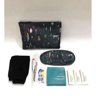 Amenity Kit Alien Clutch by Qantas Airlines