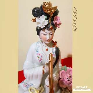 Vintage Chinese Porcelain Fairies playing Musical Instruments. Large, not small (refer to photos for dimensions).  Golden Pheonix or Flowers on her head, protruding flowers beside her. Good Condition, no chip no crack. $68 offer! Sms 96337309.