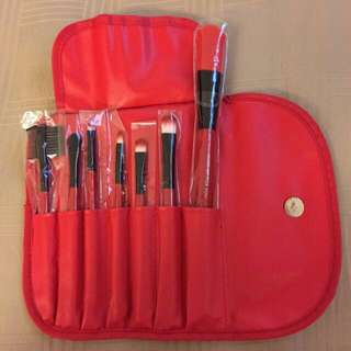 Brand New Makeup Brushes Set With Pouch (cosmetic Brushes)