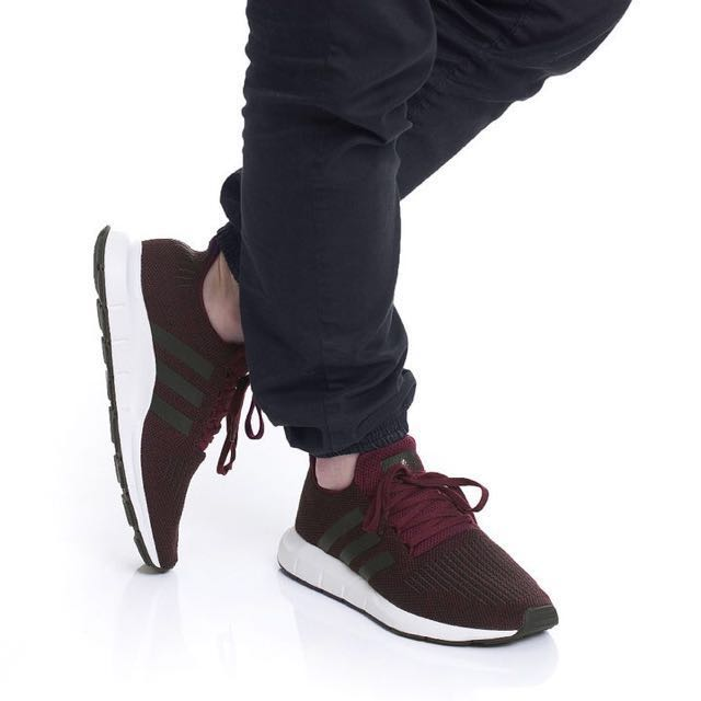 Adidas Swift Run MAROON / CORE negro, preloved Moda Mujer, zapatos