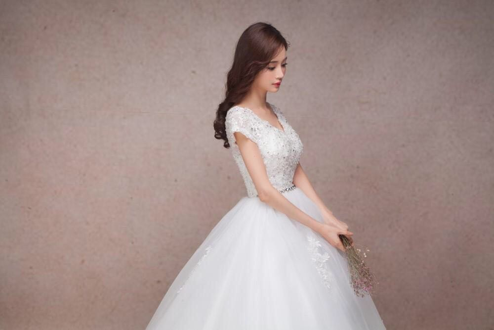 Lace Vintage Wedding Dress Pregnant Bridal Gown