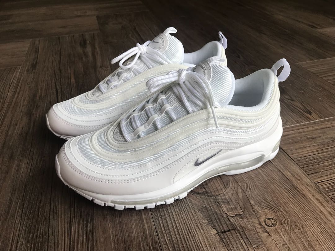 new style 45d64 439e8 Nike Air Max 97 (Triple White) US9, Men s Fashion, Footwear on Carousell