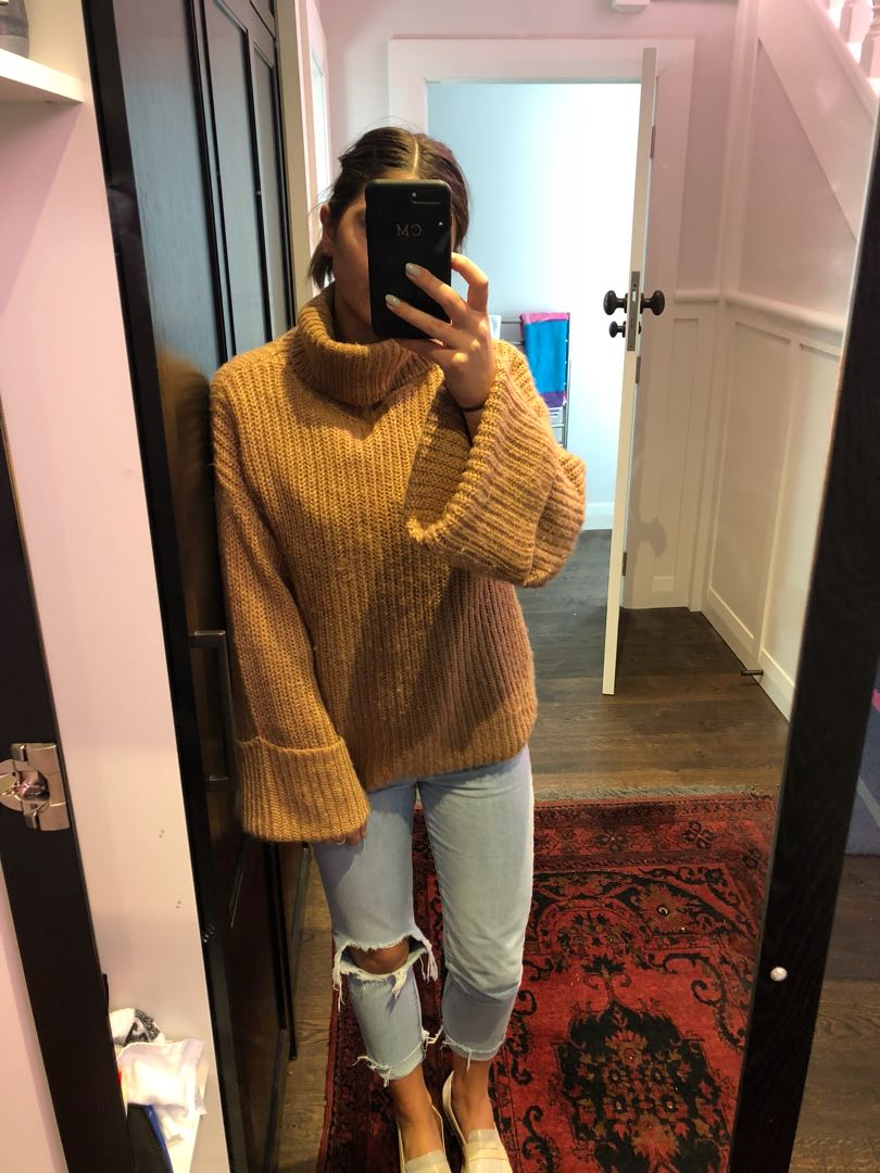 Oversized knit jumper