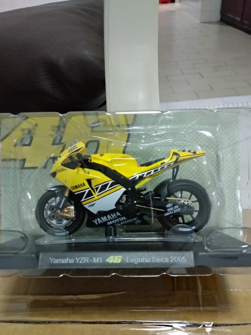 Valentino Rossi Diecast 1:18, Motorbikes, Motorbike Accessories on Carousell
