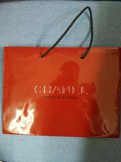 🚚 全新正版chanel香奈兒外紅內黑類漆皮紙袋