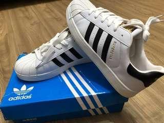 愛迪達adidas金標三葉草滑板鞋