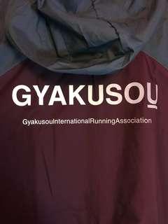 Gyakusou packable lightweight jacket 防水 薄風褸 跑步