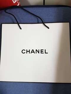 🚚 全新正版chanel外白內黑紙袋