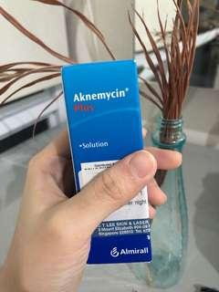 Aknemycin plus obat jerawat