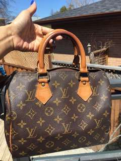 Authentic LV Speedy 25 made in France