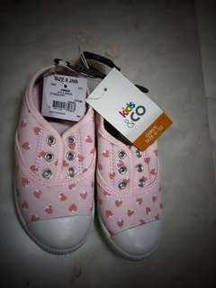 Brand new Strawberry girl shoes s9
