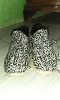 adidas yezy ori vietnam