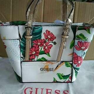 Guess Handbag 💯 ORIGINAL FROM GUESS FACTOR