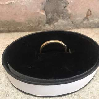 *** 18ct Gold Band ***