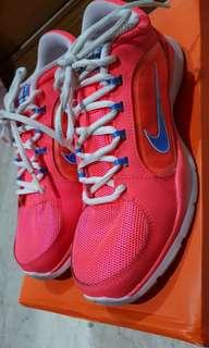 nike flex trainer 4 pink