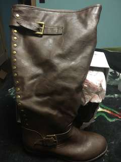 Wide Calf Brown Boots. Size 10