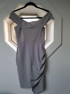 Yaya & Co Dress off the shoulders grey