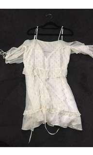 White off The Shoulder gold patterned dress