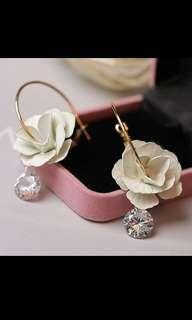 Elegant flower crystal dangly hoop drop earrings brand new